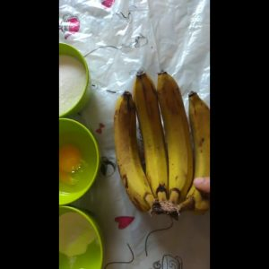 banana cake 😋easy to make try it in your home