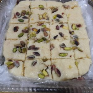 The best delicious mouth watering dish and so easy to make...mawa pista barfi at home