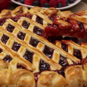 YUMMY STRAWBERRY JAM PIE RECIPE homemade pie recipe