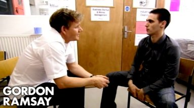 Gordon Ramsay Gives A Restaurant Trial To One Of His Prison Cooks | Gordon Behind Bars