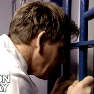 Gordon Loses One Of His Bakers | Gordon Behind Bars