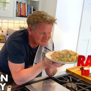 Gordon Ramsay Cooks Carbonara in Under 10 Minutes | Ramsay in 10