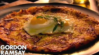 Leek & Gruyère Rösti with Fried Eggs | Gordon Ramsay